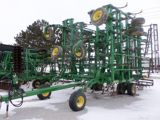 Big wide JOhn Deere 2210 cultivator