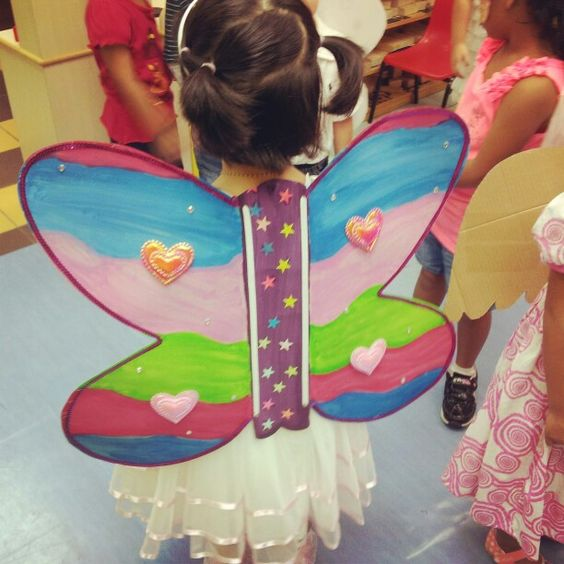 Bring Home kit for e children to make. The theme is on garden insects.