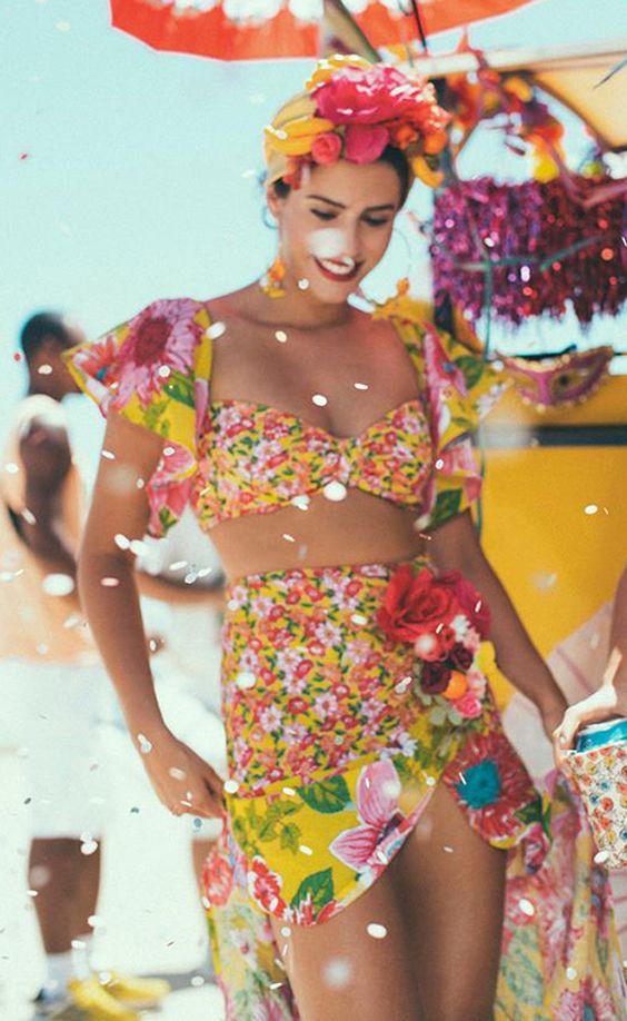 Farm lança linha de fantasias de carnaval cheia de bossa e brasilidade - Com estilo: