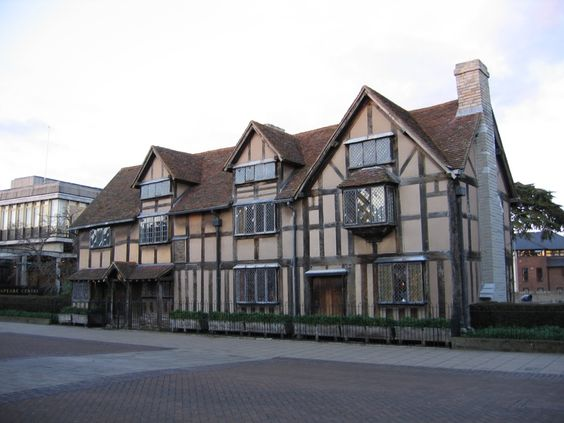 Shakespeare's Birthplace  (Photo Credit to Jenelle Schmidt 2004)  Inspiration for the Inn at Mirhaven