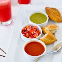 Check out this Tomatillo Salsa Recipe and Food & Wine Festival Ixtapa/Zihua, Mexico from WhiteonRiceCouple.com.  Amazing imagery of an equally amazing country.  Makes me want to jump on a plane back to Mexico now!