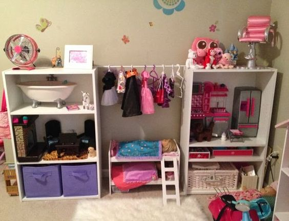 The Grasshopper's Knee: American Girl Doll Storage: