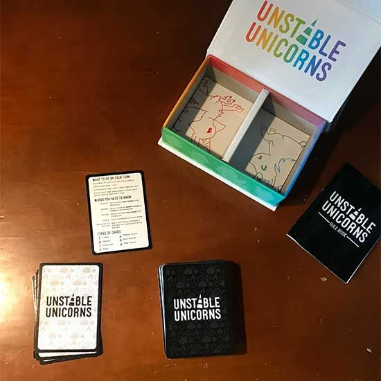 How To Play Unstable Unicorns With 2 6 Players Lymyted Unicorn Exploding Kittens Play