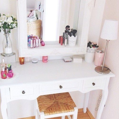 makeup organization white dressing table decoration. Black Bedroom Furniture Sets. Home Design Ideas