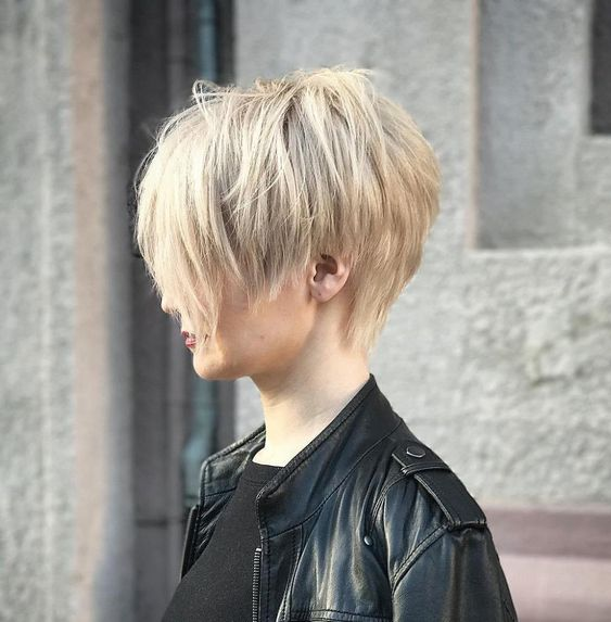 Here Are the 50 Best Short Hairstyles for Fine Hair Trendy - Hair Adviser