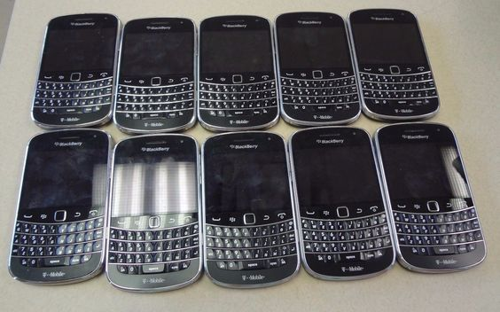 Lot of 10 BlackBerry Bold Touch 9900 Black Smartphone T- MOBILE  RDV71UW https://t.co/0t9dhCA3W0 https://t.co/pGdWKJefkd