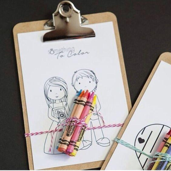 Uma ideia super legal para lembrancinha de criança em casamentos!