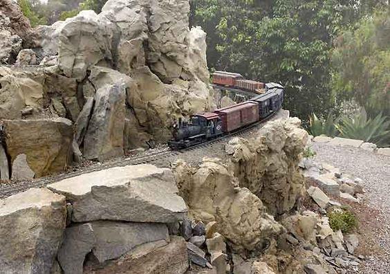 photos of garden railroads | garden railroads lookalike