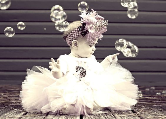 baby and bubbles pose :)