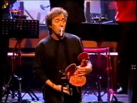 Sérgio Godinho: «o galo é o dono dosovos»