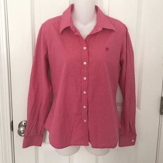 Pink/white checkered cotton button down shirt This shirt is like new! Very soft material. 100%cotton. Cute casual button down. Perfect for spring! Lilly Pulitzer Tops Button Down Shirts