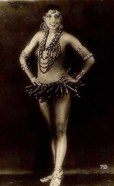african american women in early film Black characters have appeared in american films since the beginning of the industry in 1 888 but blacks weren't even hired to portray blacks in early works instead, white actors and actresses were hired to portray the characters while in blackface.