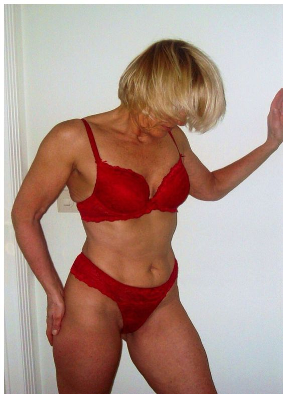 Hairy mature wives