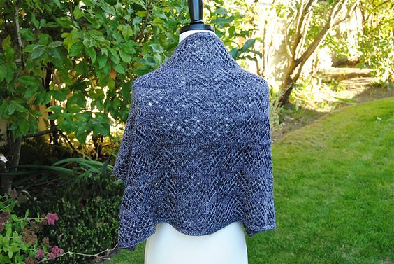 Ravelry: Eccentric Cowl pattern by Judy Marples