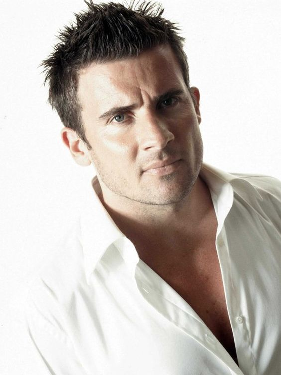 dominic purcell..O yes prison break how i miss this show