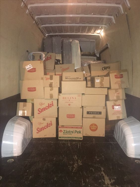 Kartonske kutije za selidbe kao i materijal za pakovanje