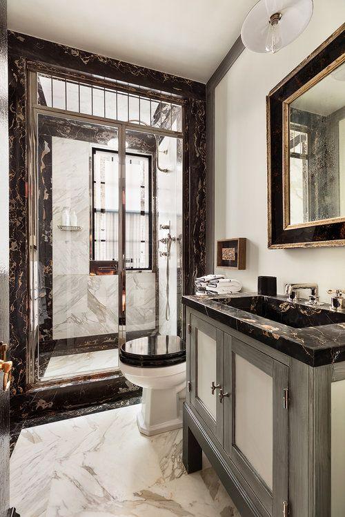 An A List Designer S Iconic New York Home For Sale La Dolce Vita Bathroom Interior Design Modern Bathroom Design Bathroom Design