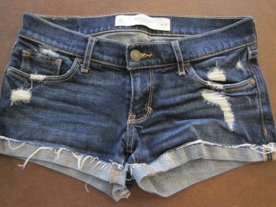 ABERCROMBIE & FITCH STRETCH DAISY DUKE SEXY SHORTS Distressed SHORT Size 00 24 #AbercrombieFitch #MiniShortShorts