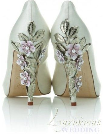 Mint wedding shoes with purple flower and leaves on heels. Get