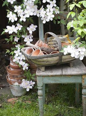 potting bench: