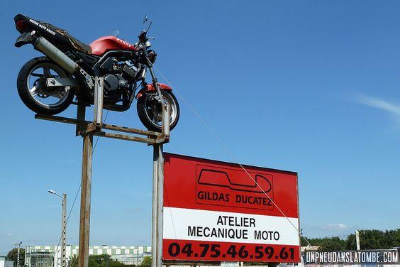 Vous recherchez un atelier de mécanique moto dans la Drôme ? Pensez à Gildas Ducatez !