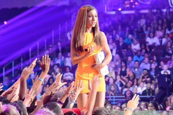 Pin De Yio En Ariana Grande: A R I A N A ♡