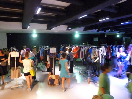 Kleidertauschparty - Clothes swap party GIEßEN www.vetaretus-5.de: