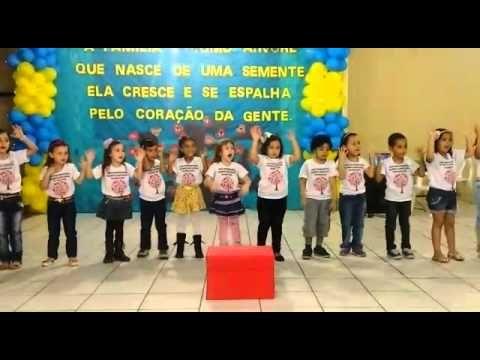 Apresentacao Valentina Dia Da Familia Escola Ursin Youtube Com