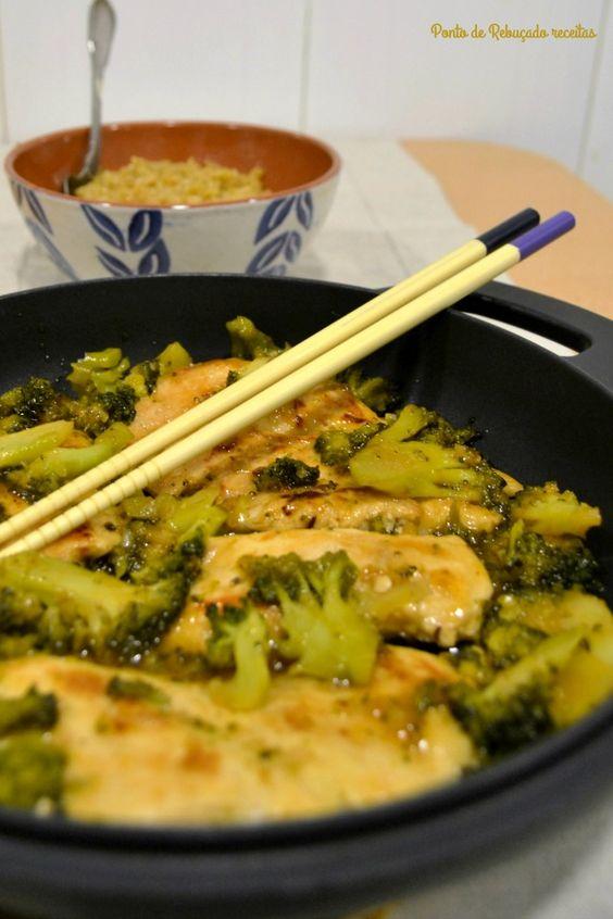 Ponto de Rebuçado Receitas: Frango agridoce com brócolos e arroz de soja