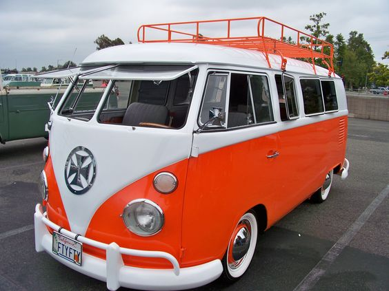 Vw bus buses and eugene o 39 neill on pinterest for 16 window vw bus for sale