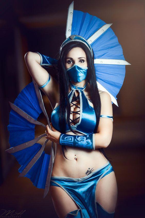 Kitana Kosplay [Mortal Kombat]: