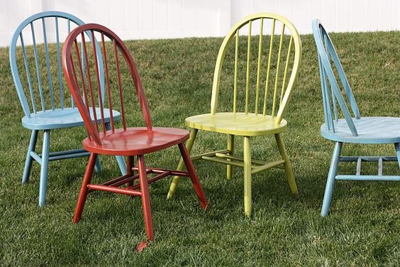 Cue Krylon spray paint: and Voila. A whole new set of chairs to love