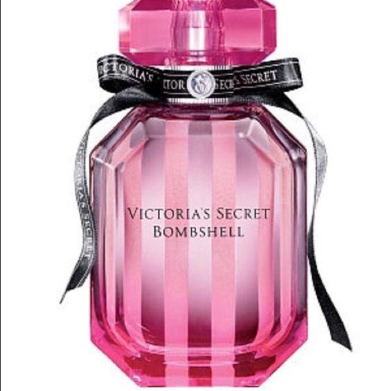Victoria's Secret Bombshell Eau de Parfume 1.7 oz Victoria's Secret Bombshell Eau de Parfume 1.7 oz - just received, sprayed once - with box Victoria's Secret Other