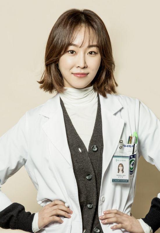 Review Sinopsis Romantic Doctor Teacher Kim Episode 1 21 Tamat Season 1 Romantic Doctor Teacher Kim Romantic Doctor Seo Hyun Jin