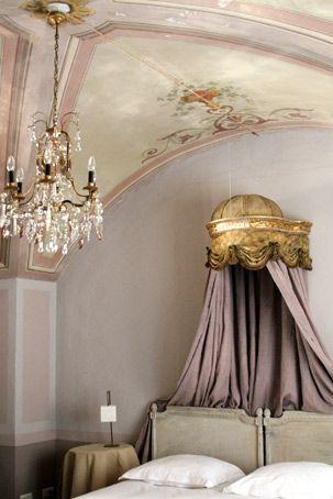 madone apt luberon location appartement antiquité chambre d'hotes charme caractère provence