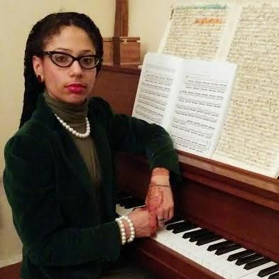 Develop the pro musician in you with Ms. Jameka Gordon's professional music lessons. She provides piano, violin and jazz flute lessons, among others.
