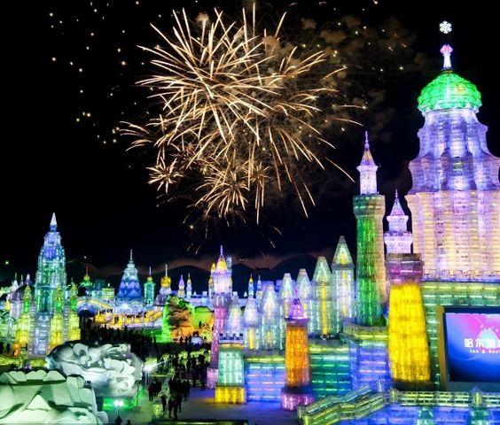 29º Harbin Ice and Snow Festival, perto da fronteira da Rússia, na China.