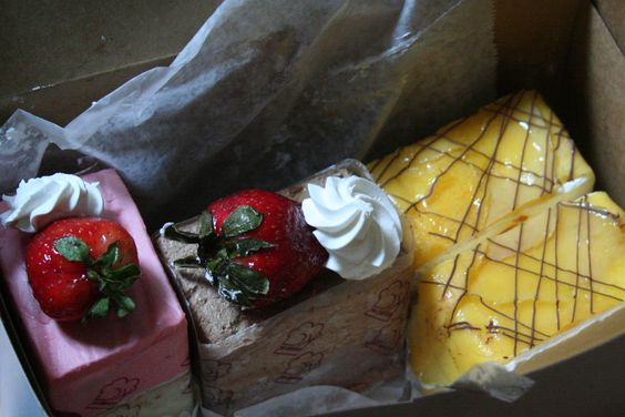 chinese cakes strawberry, chocolate, and mango