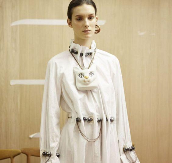 let's get weird: Loewe cat necklace