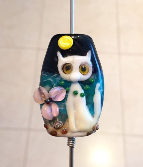 Hey, I found this really awesome Etsy listing at https://www.etsy.com/listing/225399711/valvaanalampwork-handmade-glass-lampwork