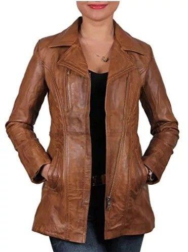 Chaqueta de cuero marrón #chaquetasdecuero #chaquetasmujer #cuero #moda #mujer #cazadoras #shopping #outfits #fashion #style #otoño #invierno #chaquetamarrón #abrigos
