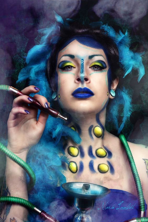 blue caterpillar makeup - Cerca con Google