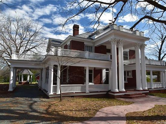 207 S Elm St Marshville Nc 28103 Mls 3250001 Zillow Historic Homes Old House Dreams Old Houses