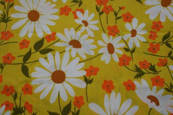 Yellow Orange Daisy Vintage 70s Unused Pillow Case King Size Flowers Vintage Mod Retro Mid Century bedding NOS