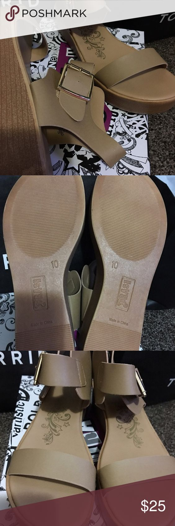 Woman's platform sandals Brand new. Never worn, they weren't my style. They retail for 34.99 Brash Shoes Sandals