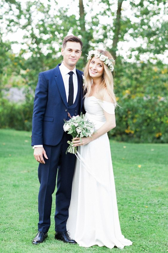 A 1970's California and Bohemian inspired wedding. Photography by http://www.bowtieandbellephotography.co.uk/