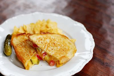 grilled cheese with pickles and tomatoes