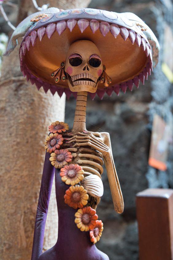 Catrinas De Barro, Catrinas Catrinas, Catrinas Mexicano, Mexicana Catrinas, Muertos Catrinas, Dia De Los Muertos, Catrina Image, La Catrina, Morado