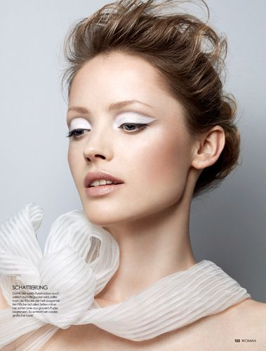 Ooh, white eyelids that look modern but not harsh. ~ Florian Sommet photography