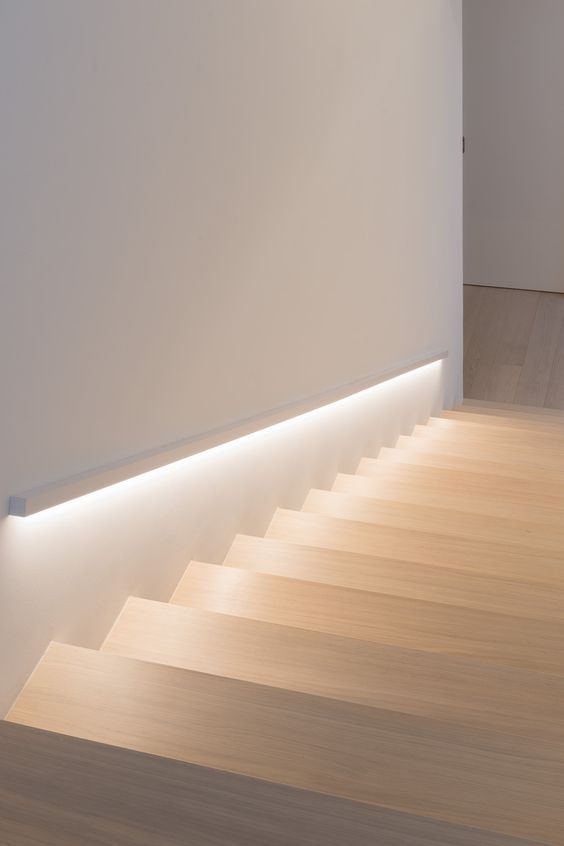 Lighting Basement Washroom Stairs: Scala Interna , Led